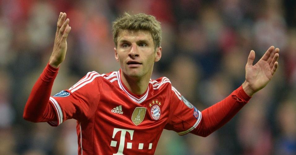 9.abr.2014 - Atacante Thomas Muller lamenta durante a partida entre Bayern de Munique e Manchester United