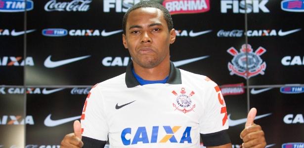 Elias, na apresentação ao Corinthians em 2014: valor final pode chegar a R$ 19 milhões