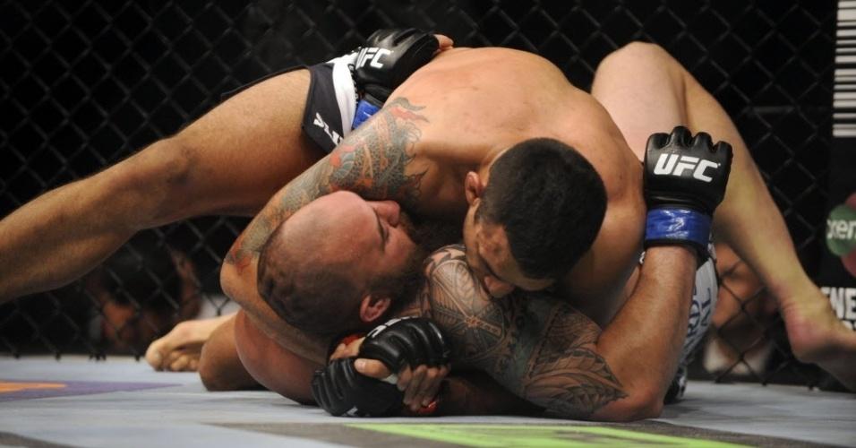 19. abr. 2014 - Brasileiro Fabrício Werdum durante luta contra Travis Browne no duelo principal do UFC Werdum x Browne