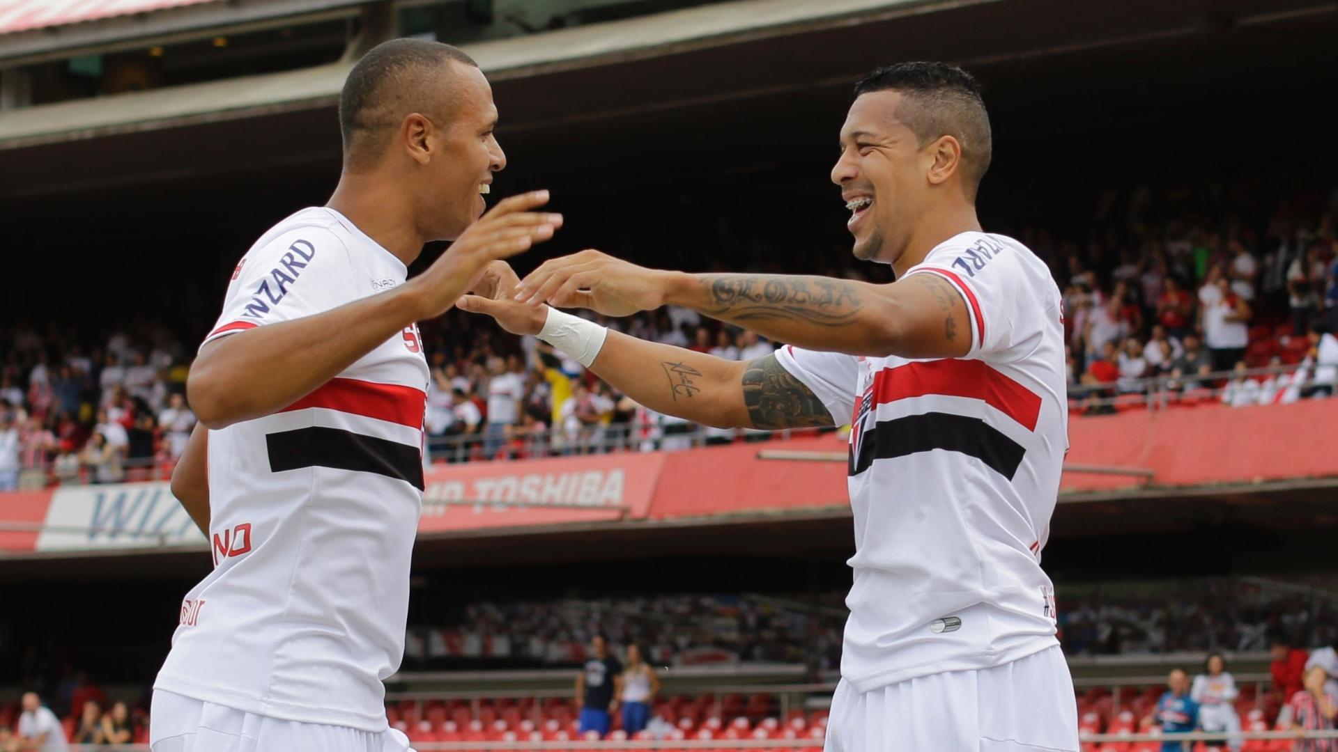 Antônio Carlos e Luis Fabiano treinam, mas são dúvidas contra o Criciúma