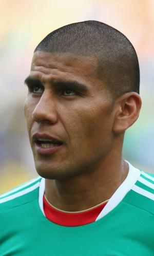 16.jun.2013 - Carlos Salcido, do México, canta o hino nacional do seu país antes da partida contra a Itália pela Copa das Confederações