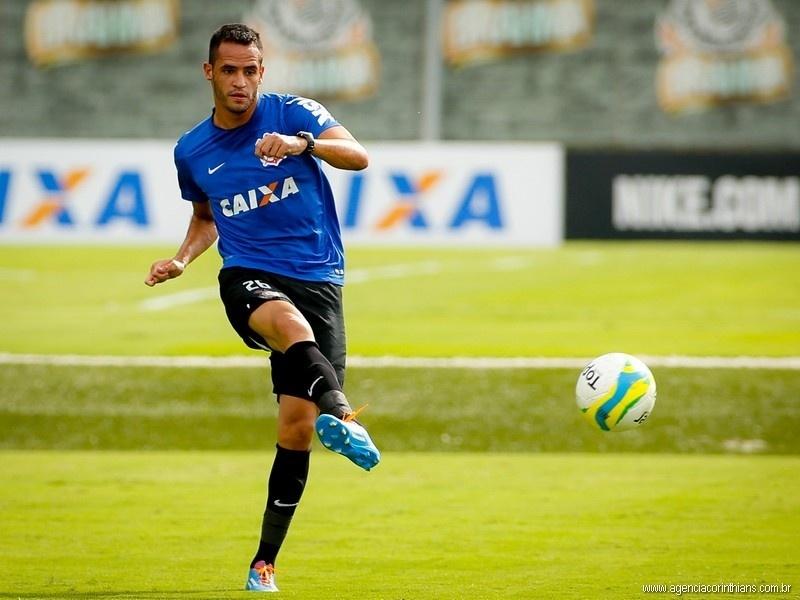 Renato Augusto, meia do Corinthians, treina no CT Joaquim Grava