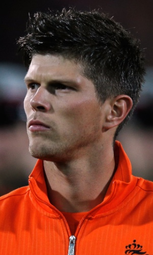 12.out.2012 - Klaas-Jan Huntelaar se concentra antes da partida contra Andorra pelas eliminatórias da Copa do Mundo-2014