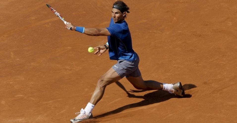 23.abr.2014 - Rafael Nadal durante partida do ATP 500 de Barcelona contra o compatriota Albert Ramos