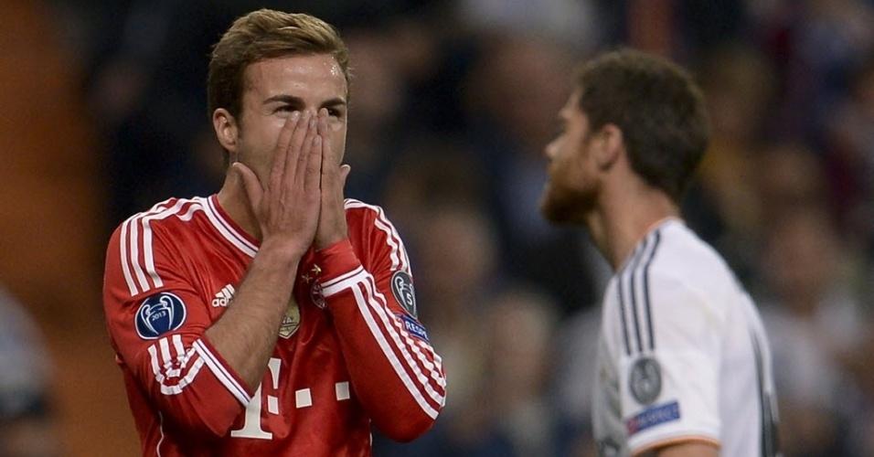 Mario Goetze lamenta após peder gol para o Bayern na partida contra o Real (23.abr.2014)