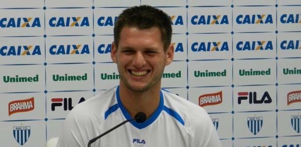 Ex-Ituano, o goleiro Vagner foi fundamental na vitória do Avaí sobre o América-MG, pela Série B do Brasileiro