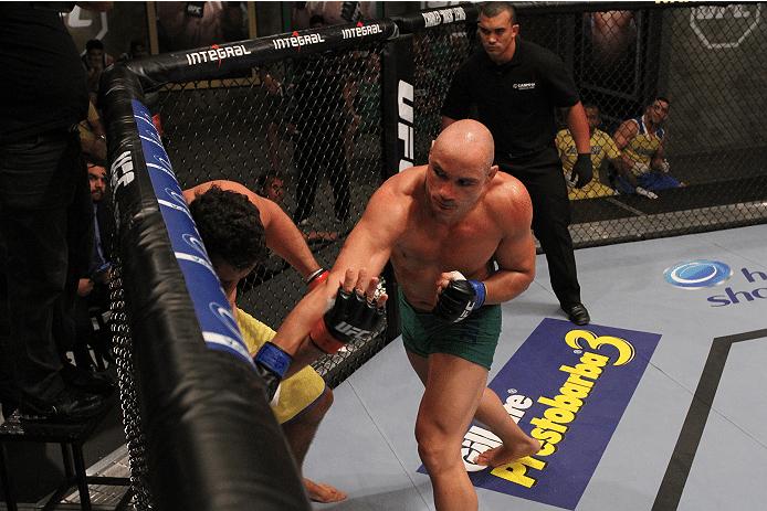 Vitor Miranda vence Antônio Montanha no oitavo episódio do TUF Brasil 3