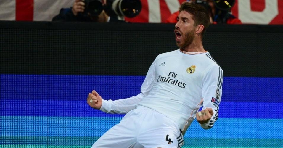 Sergio Ramos comemora após marcar o segundo gol contra o Bayern (29.abr.2014)