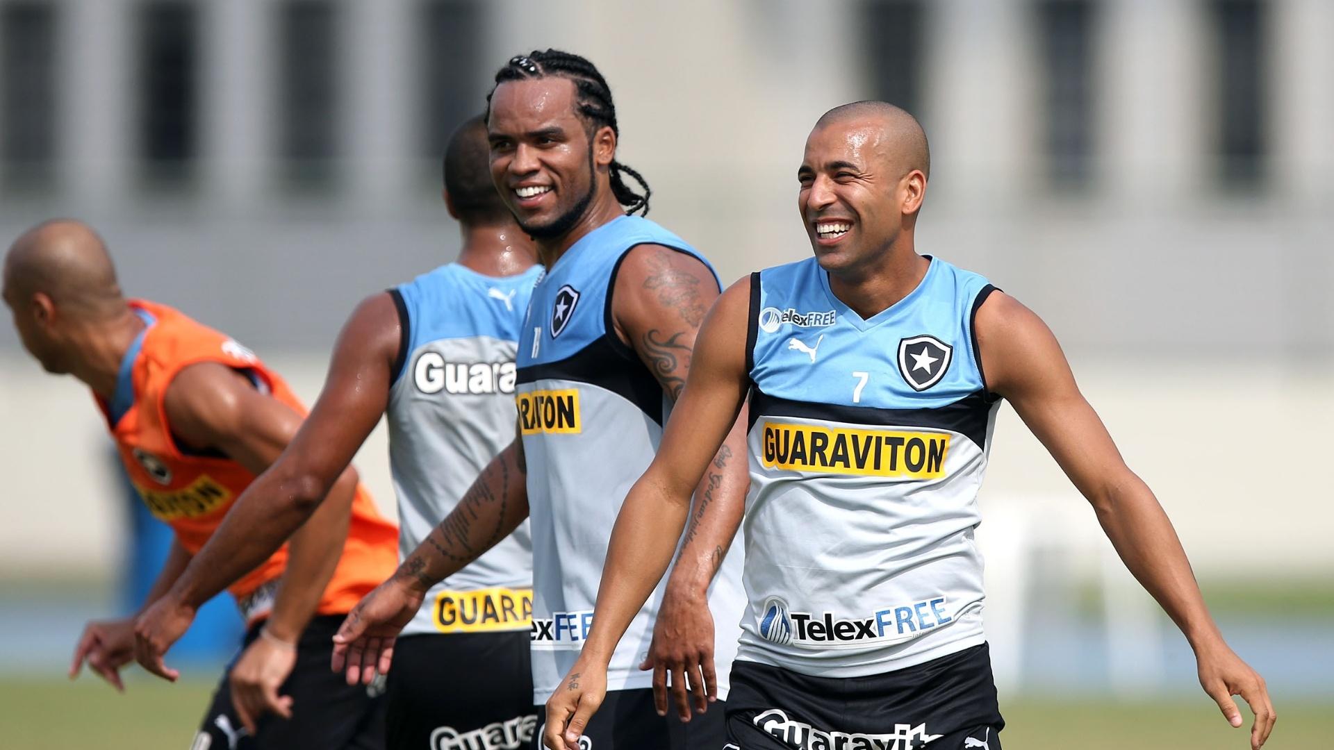 Sheik e Carlos Alberto já mostram entrosamento em seu primeiro treinamento juntos pelo Botafogo
