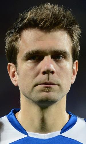 10.set.2013 - Zvjezdan Misimovic, da Bósnia, fica perfilado antes da partida contra a Eslováquia pelas eliminatórias da Copa do Mundo-2014