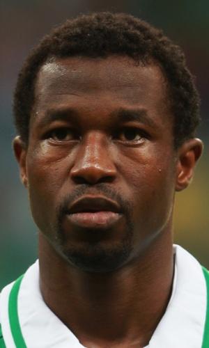 20.jun.2013 - Efe Ambrose, da Nigéria, se perfila antes da partida contra o Uruguai pela Copa das Confederações
