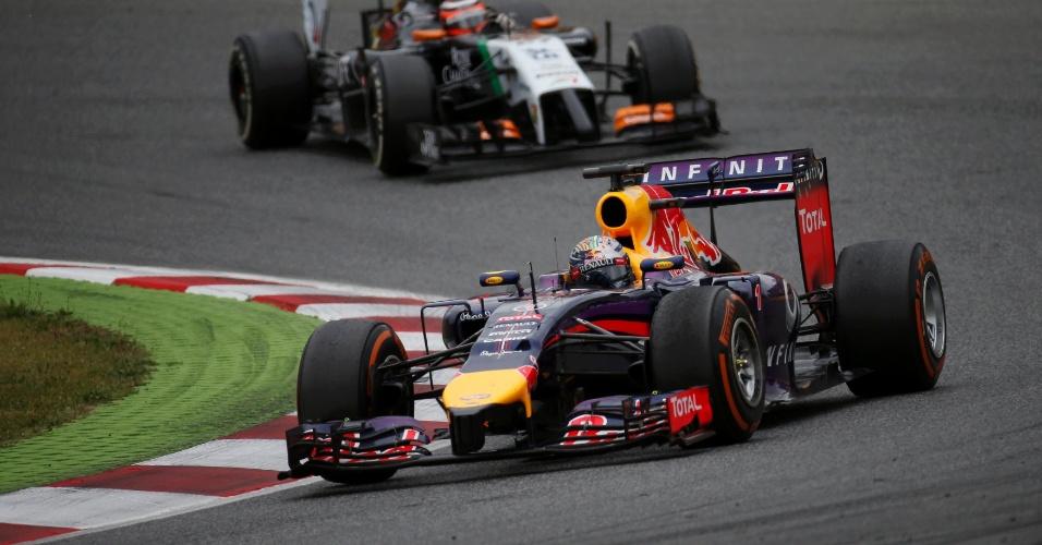 11.mai.2014 - Sebastian Vettel fez grande corrida de recuperação e após largar em décimo, terminou em quinto
