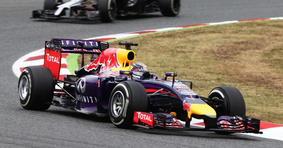 11.mai.2014 - Sebastian Vettel largou em 15º com sua Red Bull e teve dificuldades no começo do GP da Espanha