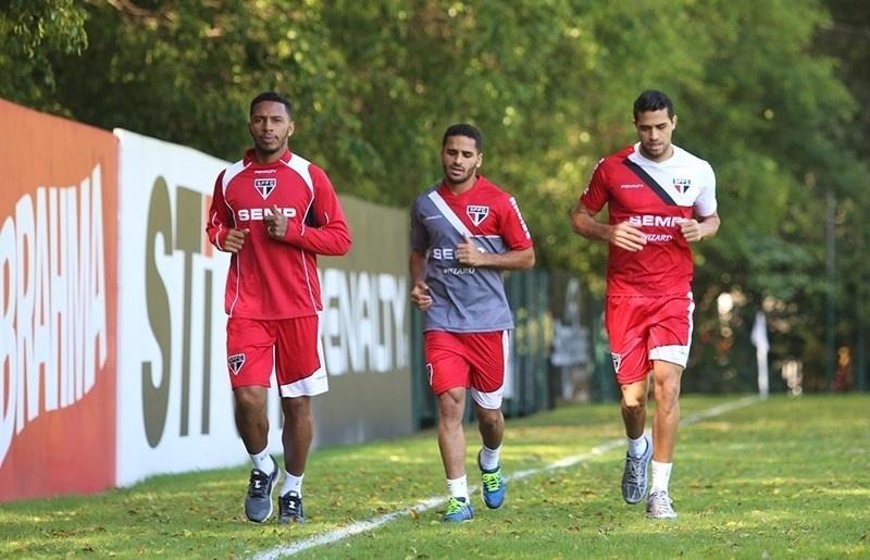Atacante Alan Kardec faz primeiro treino pelo São Paulo após sair do Palmeiras