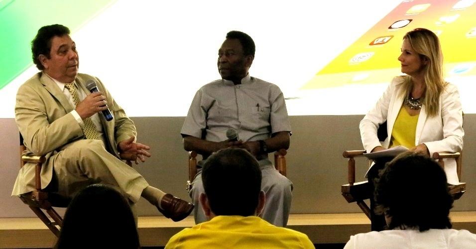 15.mai.2014 - Pelé participa de evento sobre o filme