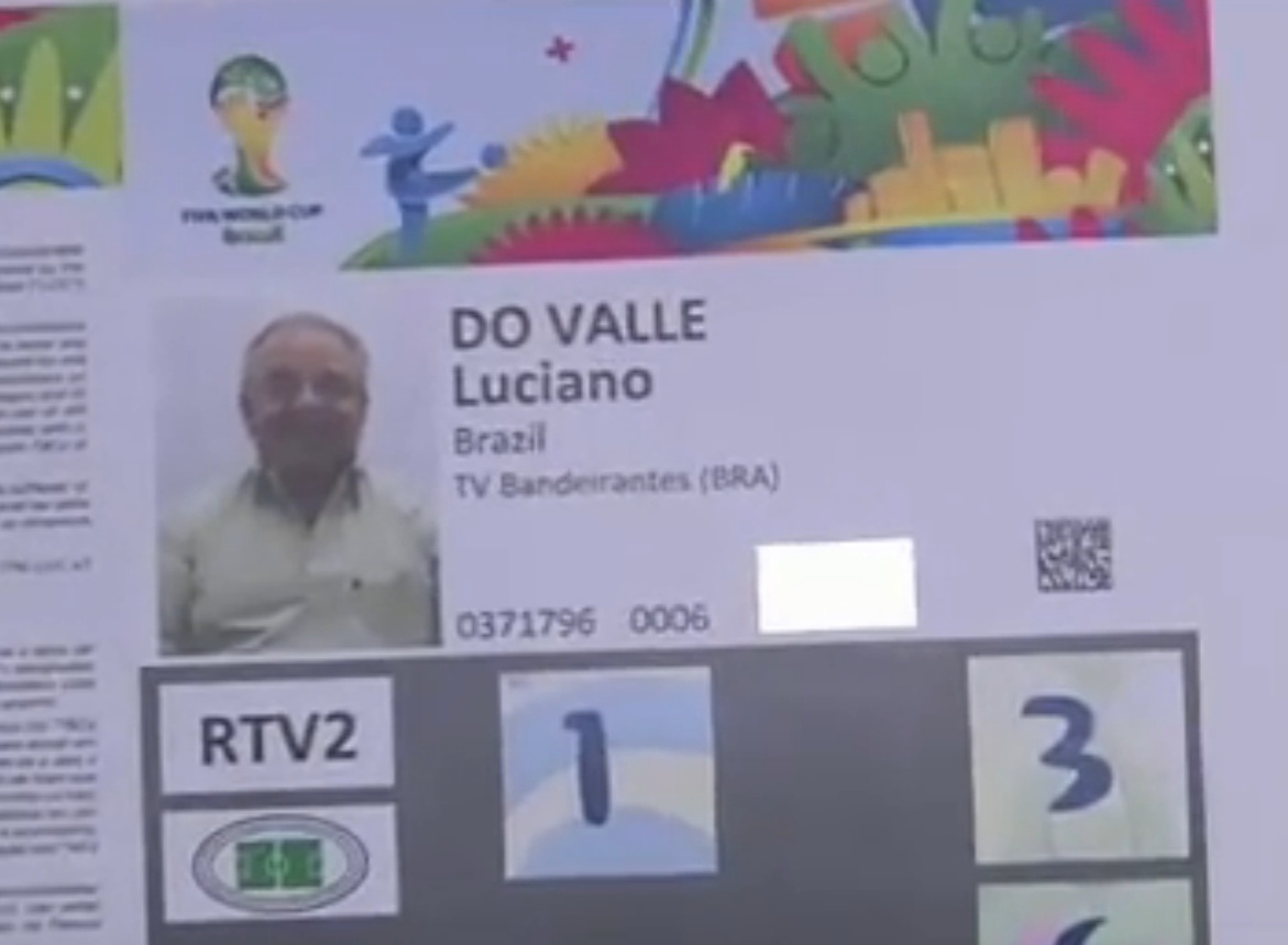 Credencial de Luciano do Valle para a Copa do Mundo de 2014, emitida pela Fifa como homenagem