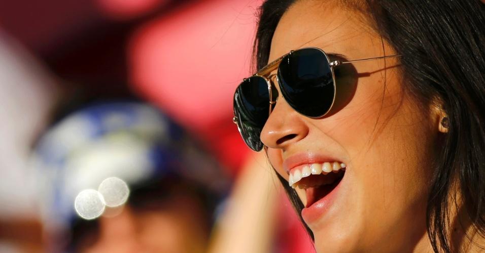 24.05.2014 - Torcedora do Real Madrid grita para incentivar time antes da Final da Liga dos Campeões