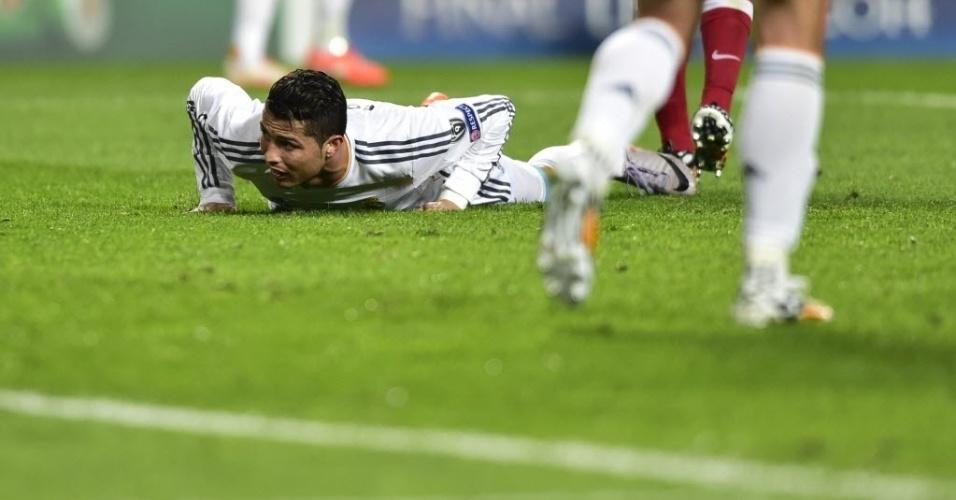 24.mai.2014 - Cristiano Ronaldo se lamenta depois de mais um gol perdido na final