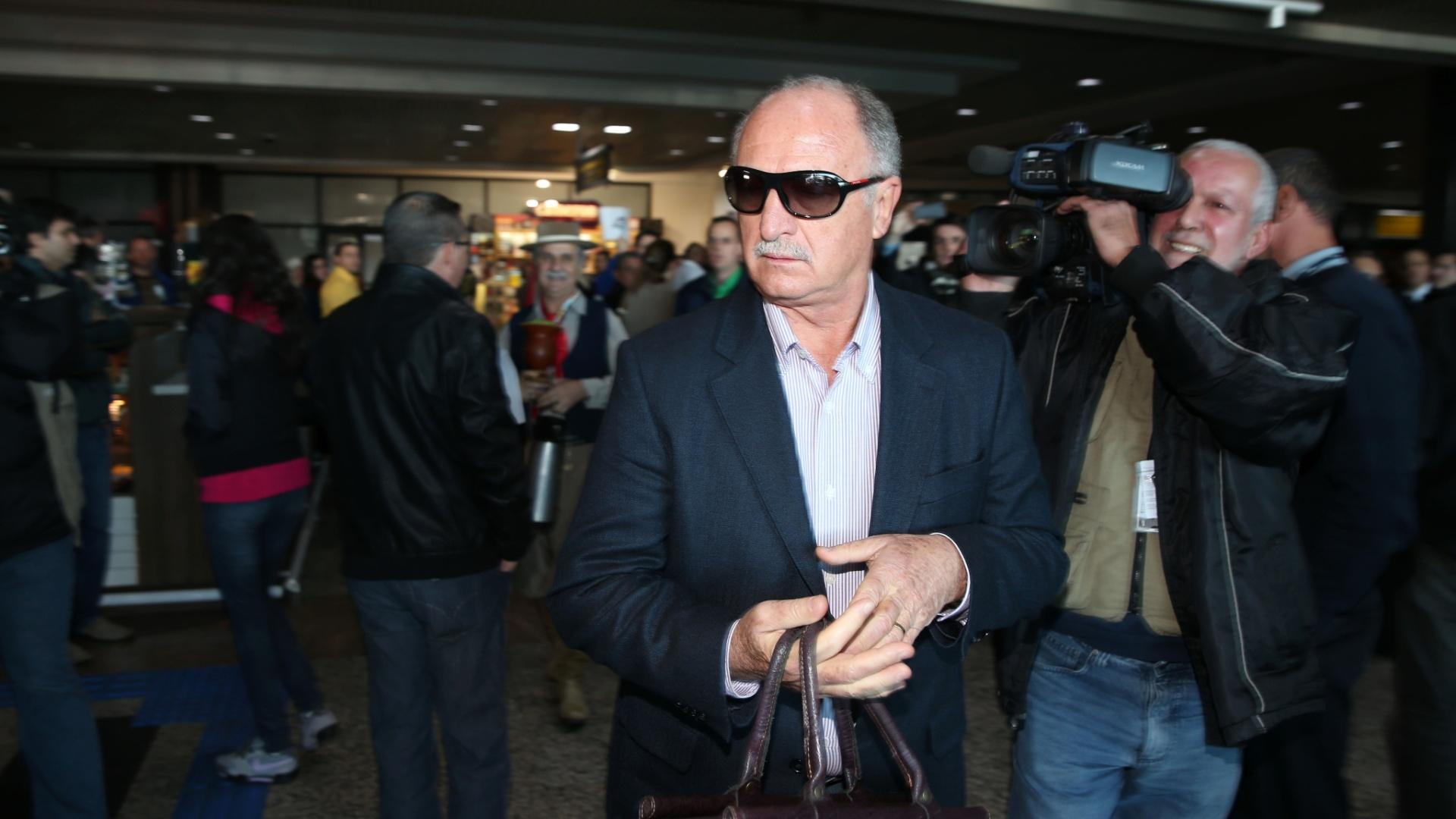 Felipão chega a Porto Alegre no início desta tarde para acompanhar o velório do cunhado