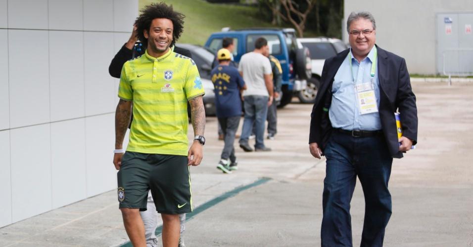 Lateral esquerdo Marcelo chega à Granja Comary