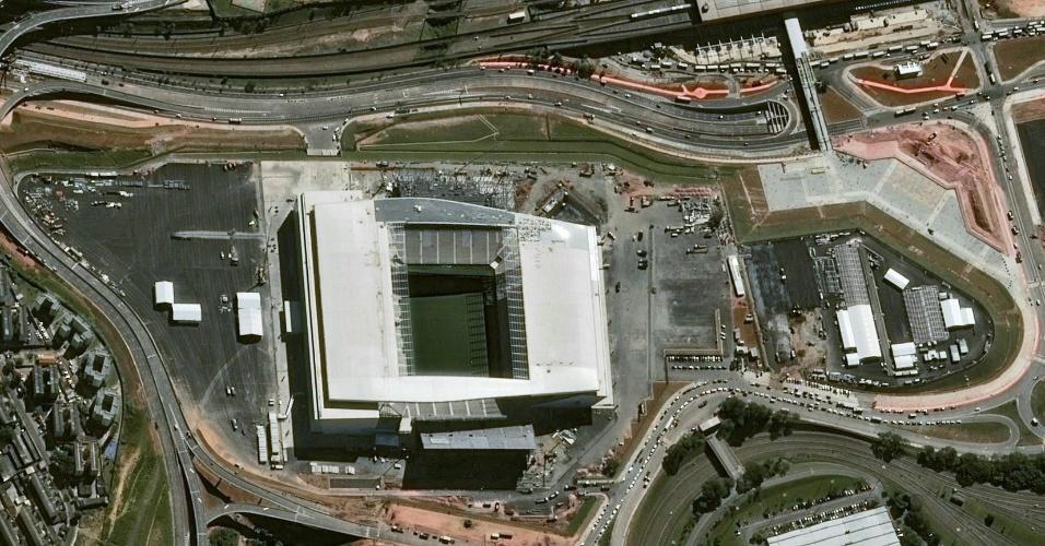 Imagem do estádio Itaquerão vista do espaço, captada por satelíte