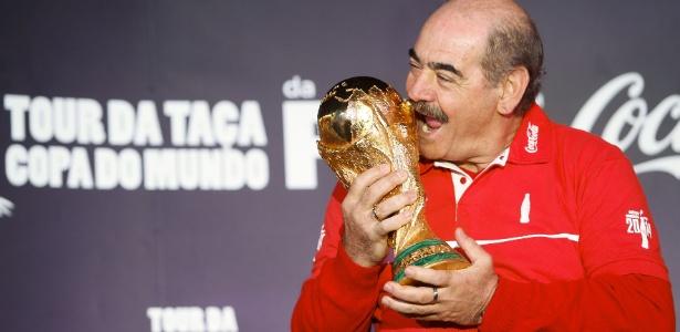 """Rivellino disse que futebol brasileiro precisa de mais uma """"tragédia"""" para melhorar"""