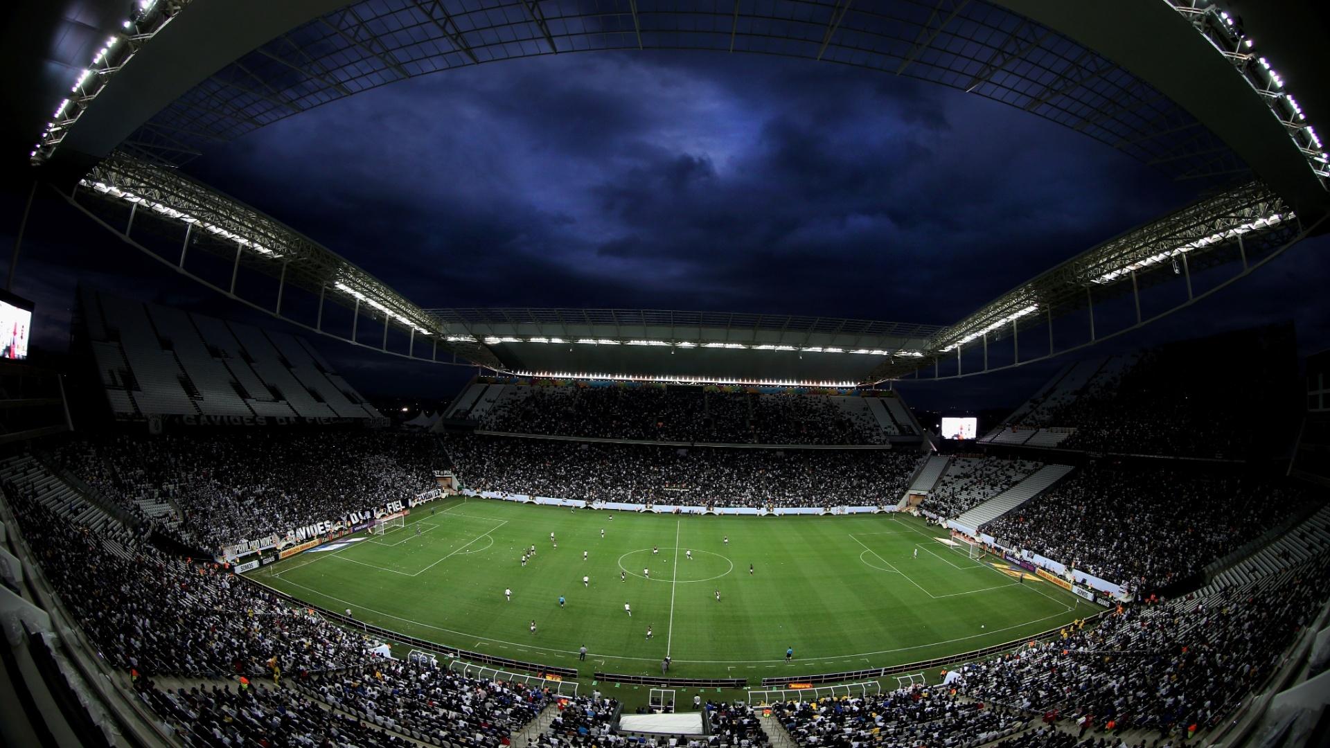 01. jun. 2014 - Itaquerão é visto em imagem panorâmica durante Corinthians e Botafogo
