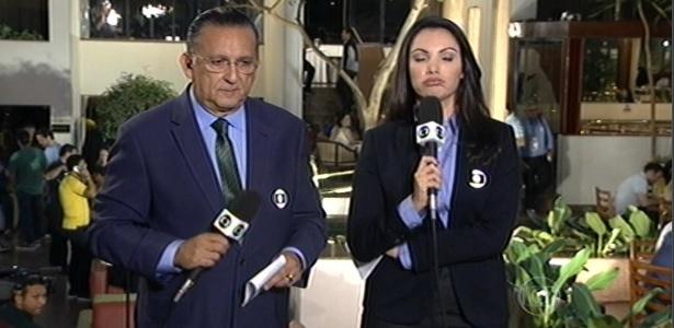 """Patrícia Poeta e Galvão Bueno apresentaram """"JN"""" de Goiânia, onde acompanham a seleção"""