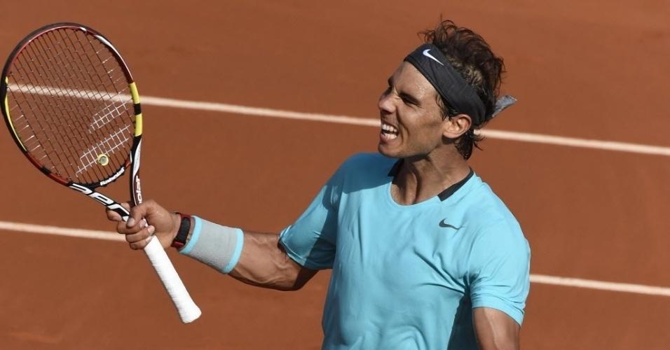 06.jun.2014 - Nadal comemora após vencer Andy Murray na semifinal de Roland Garros