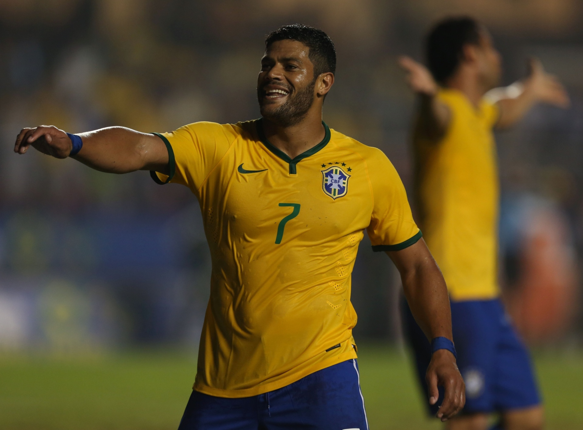 - hulk-reage-apos-ter-gol-anulado-em-partida-amistosa-entre-brasil-e-servia-no-morumbi-1402090524591_1920x1415
