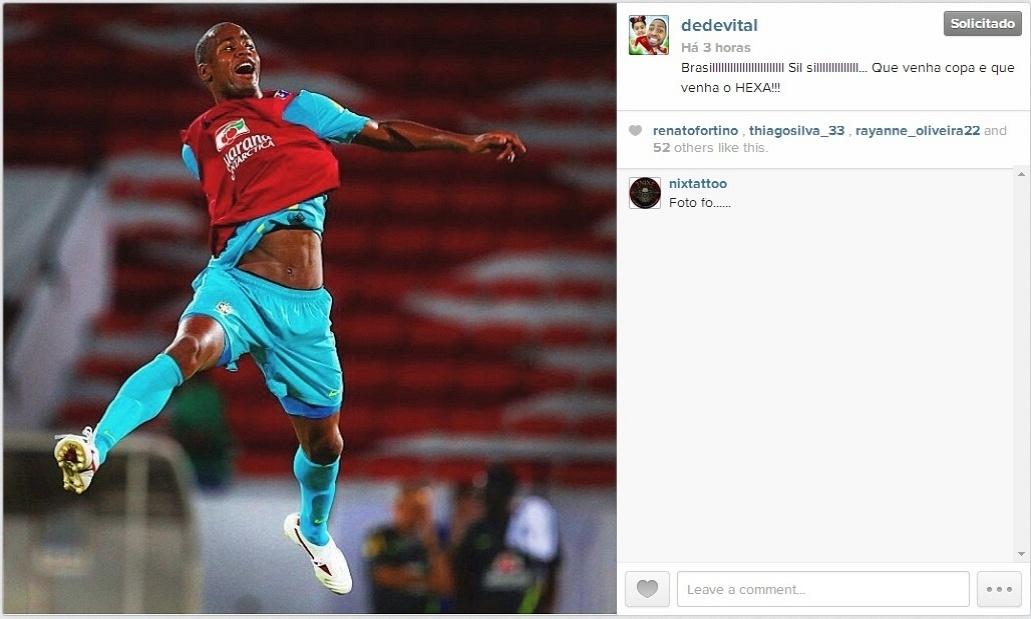 12 jun 2014 - Zagueiro Dedé, do Cruzeiro, posta mensagem no Instagram em que manifesta sua torcida pelo hexacampeonato brasileiro