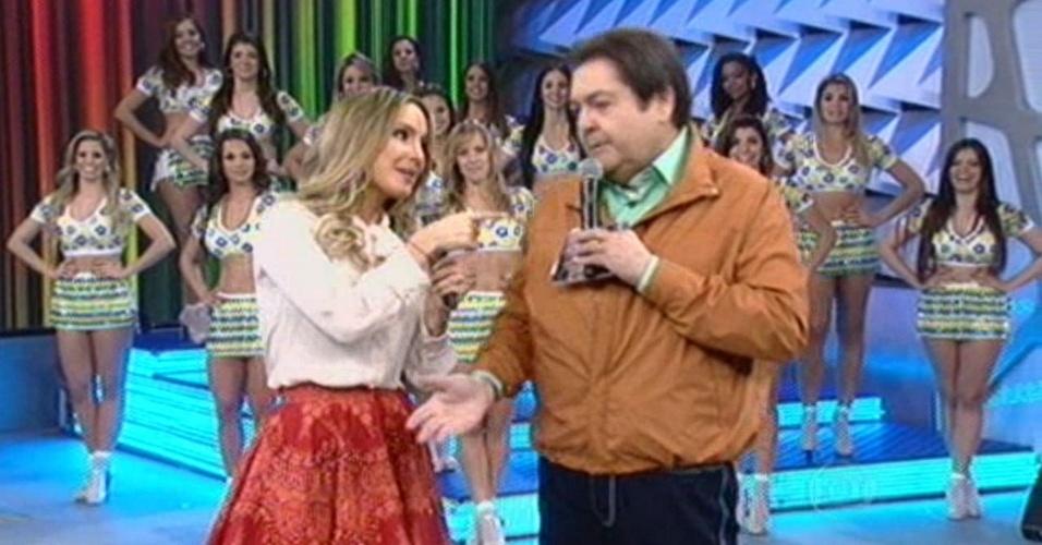 15.jun.2014 - Faustão elogia Claudia Leitte por show na cerimônia de abertura da Copa