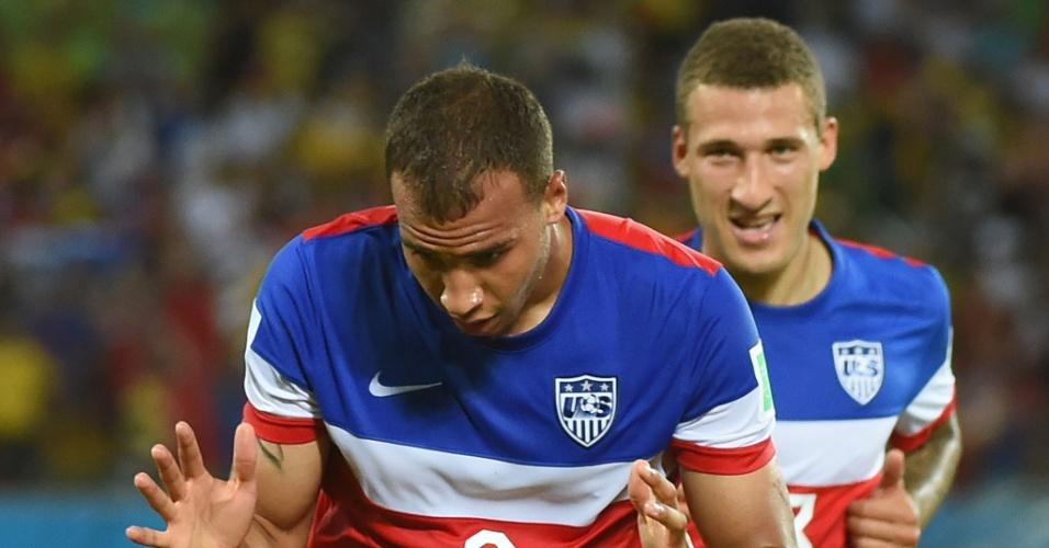 16.jun.2014 - John Brooks comemora após marcar o segundo dos EUA e colocar a seleção na frente do placar contra Gana