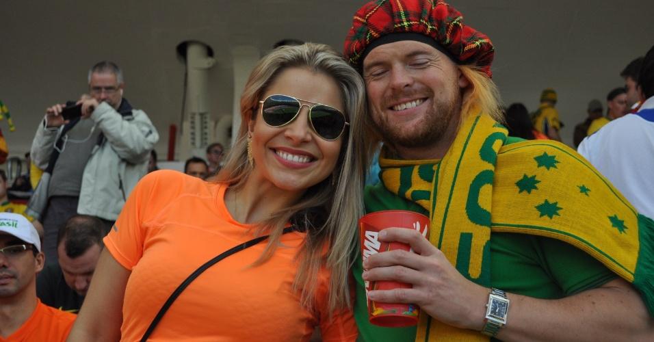 As torcedoras da Holanda se destacaram no Beira-Rio, antes do duelo dos europeus contra a Austrália