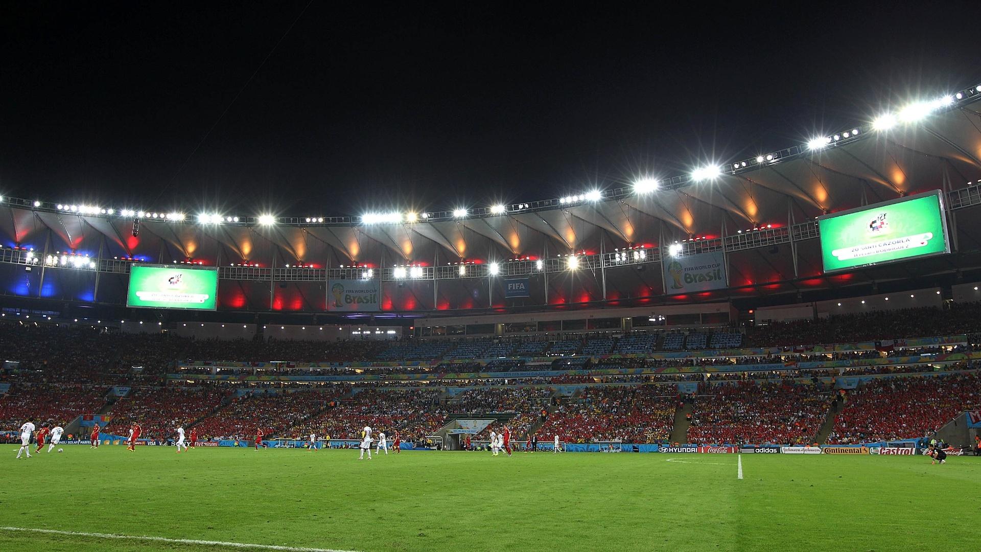 O estádio do Maracanã foi palco da vitória chilena sobre a Espanha por 2 a 0, resultado que eliminou os atuais campeões mundiais da Copa