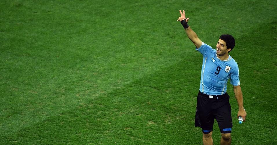19.jun.2014 - Luis Suárez comemora no Itaquerão após a vitória uruguaia sobre a Inglaterra por 2 a 1