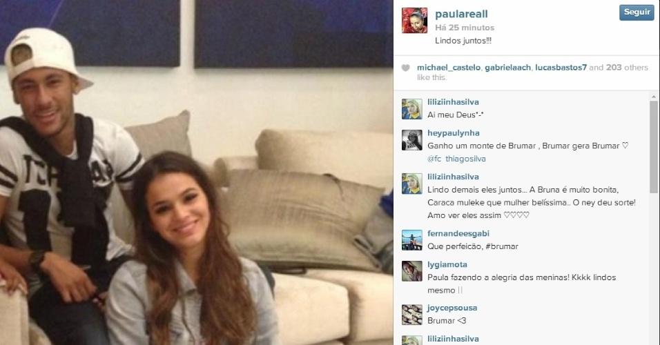 Neymar e Bruna Marquezine posam juntos curtindo folga da seleção brasileira