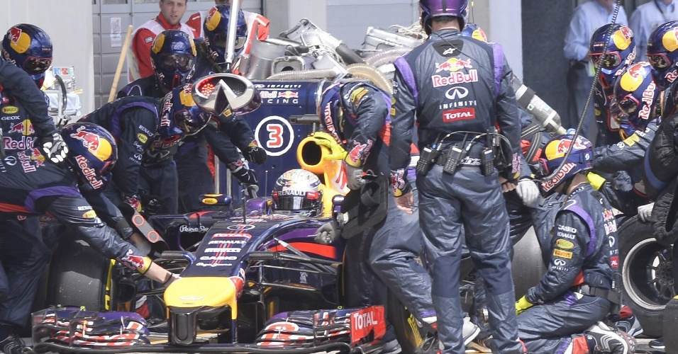 Sebastian Vettel teve problemas durante toda a corrida até abandonar o GP da Áustria