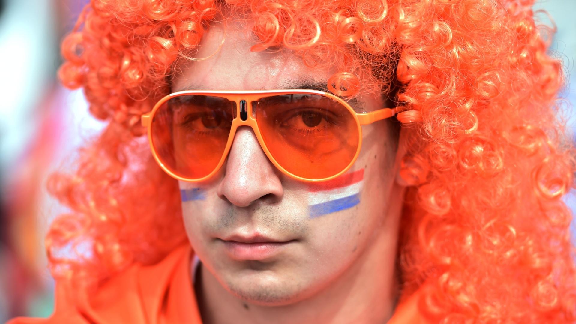 Holandês usa peruca e pinta o rosto para o jogo contra o Chile no Itaquerão