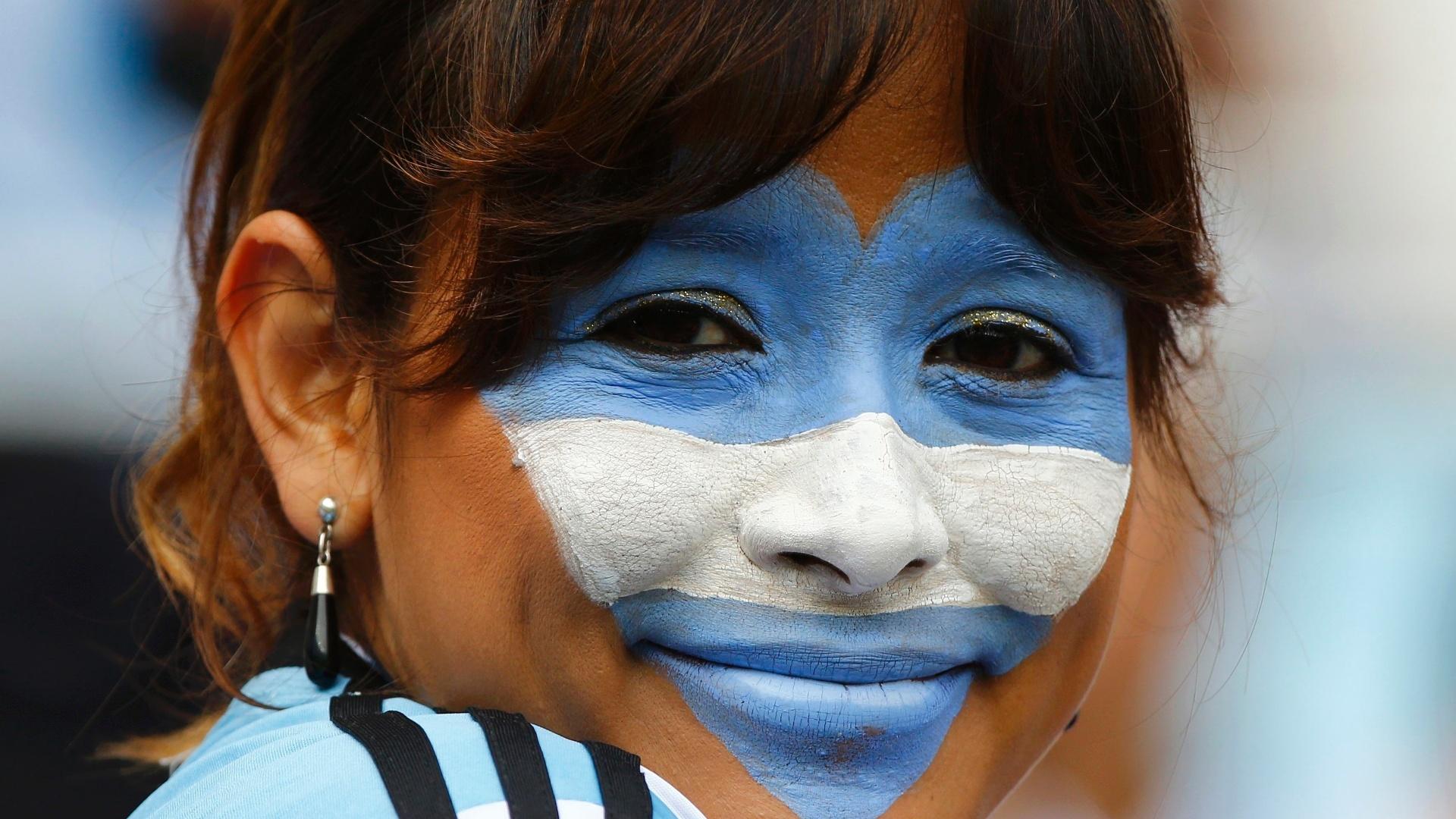A argentina levou o coração do país ao rosto no jogo contra a Nigéria, no Beira-Rio
