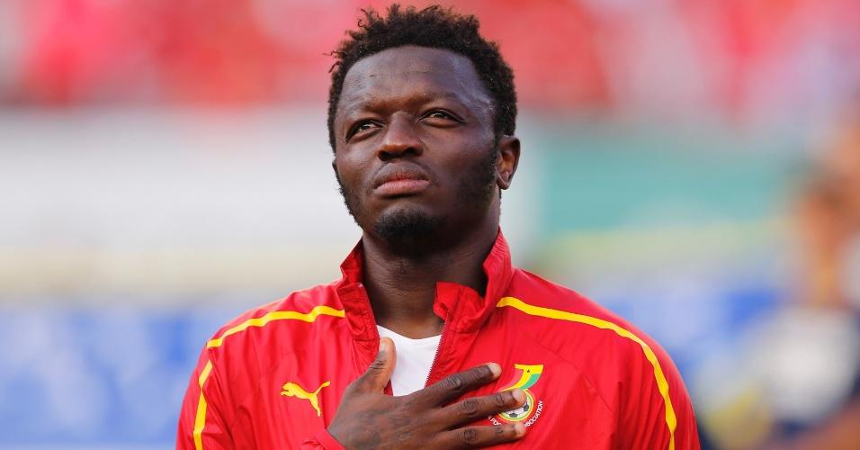 Muntari ouve o hino de Gana antes do amistoso de preparação para a Copa contra a Coreia do Sul em Miami