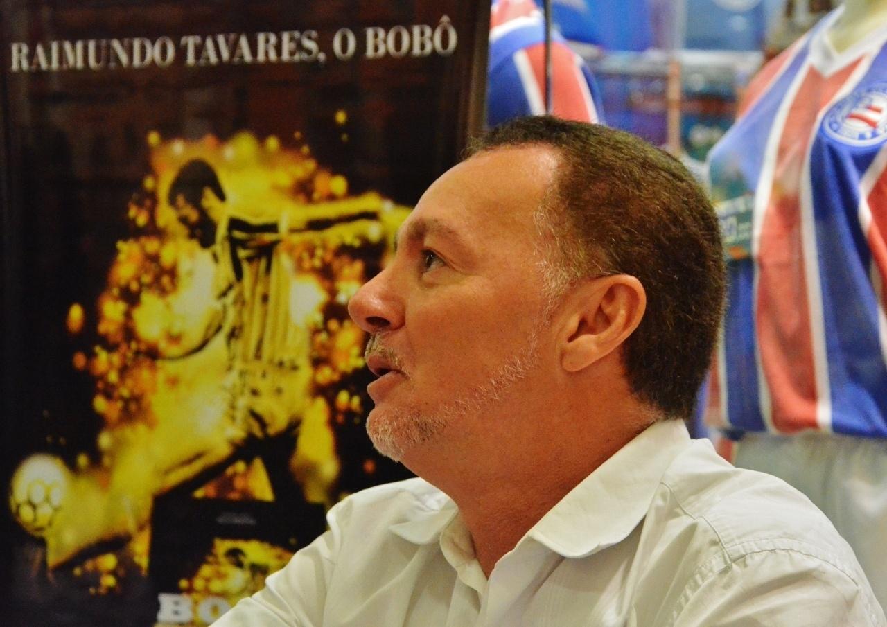 Para Bobô, o time colombiano é o que apresentou melhor futebol até agora nesta Copa