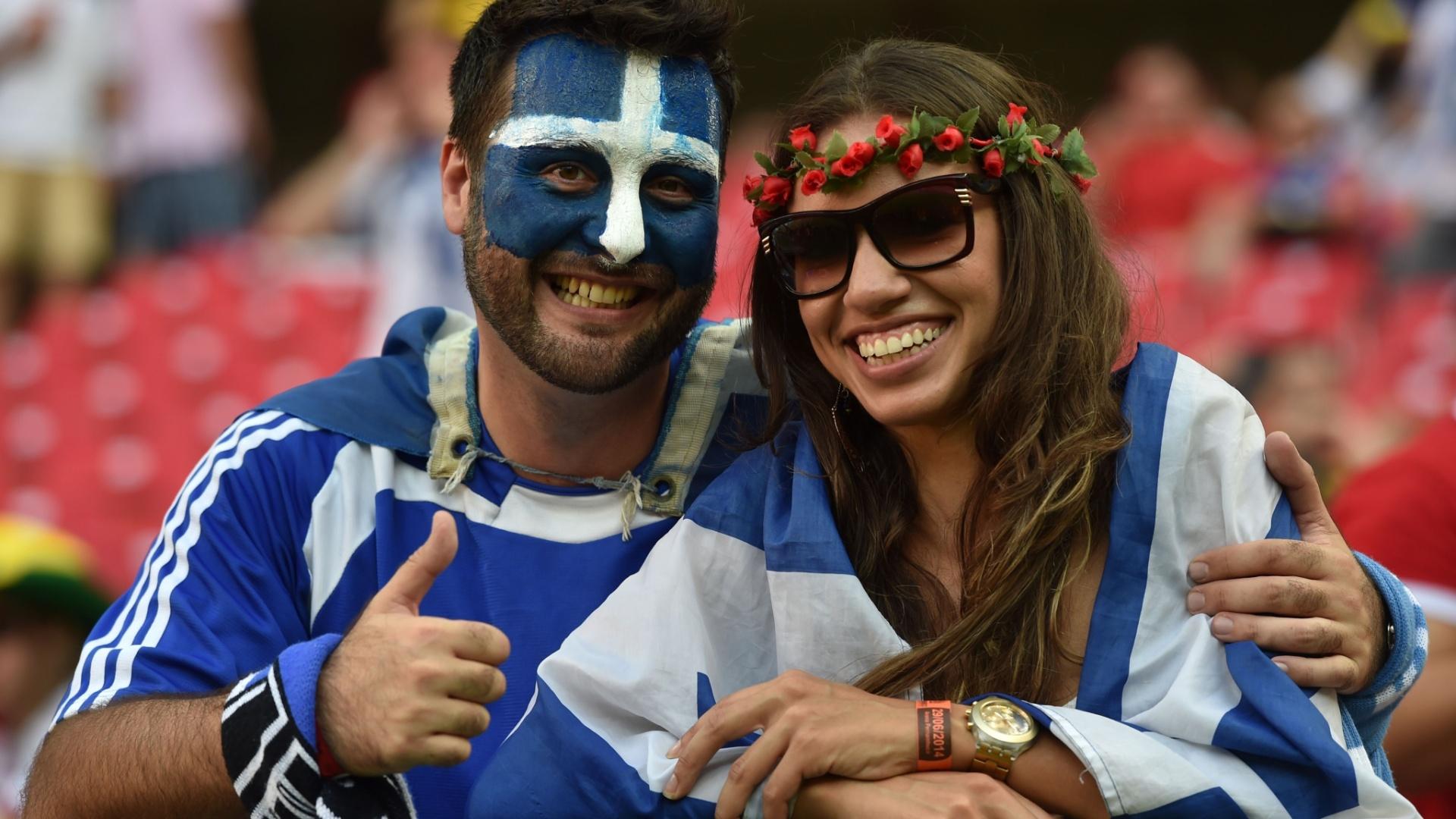 Torcedores gregos na Arena Pernambuco para o jogo contra a Costa Rica, pelas oitavas de final