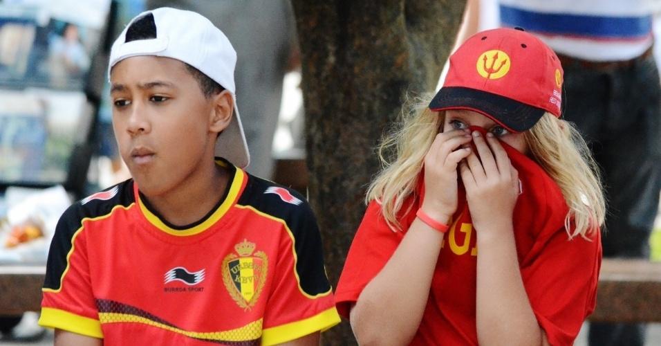 01.jul.2014 - Torcedores mirins da Bélgica visitam centro histórico de Salvador antes de confronto com a Bélgica, na Fonte Nova