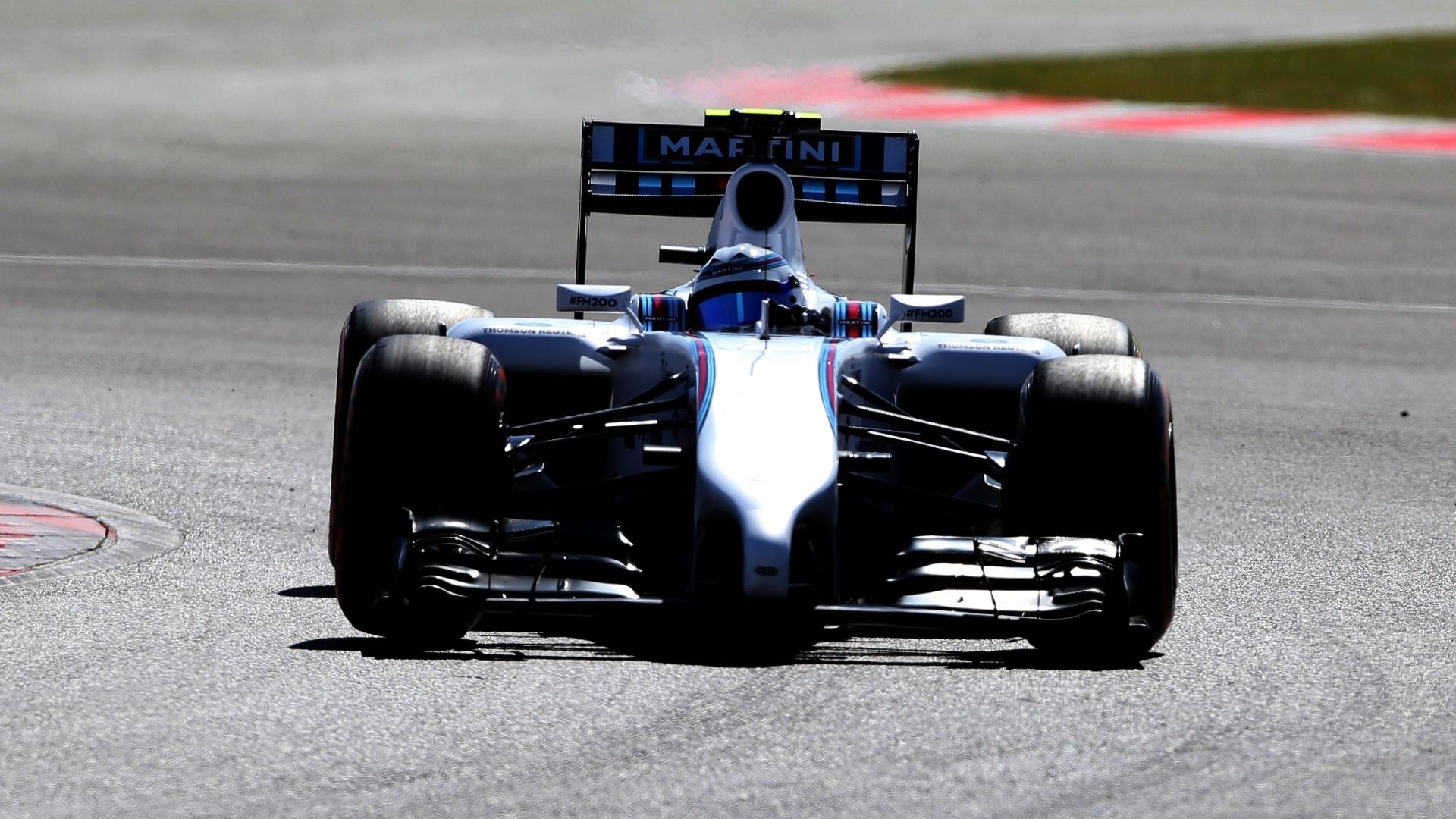 Felipe Massa conseguiu recuperar o carro após batida e terminou a segunda sessão de treinos para o GP da Inglaterra na 11ª colocação