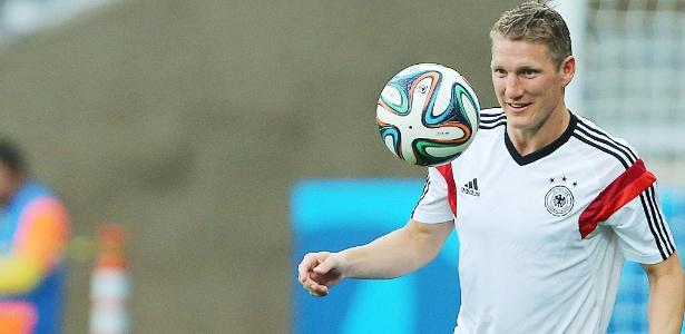 Schweinsteiger deixa o Bayern de Munique depois de 13 anos com a camisa do clube