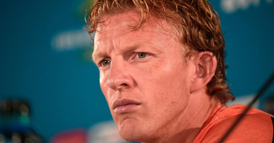 11.jul.2014 - Atacante holandês Dirk Kuyt participa de entrevista coletiva um dia antes de jogar contra o Brasil, na disputa de terceiro lugar da Copa
