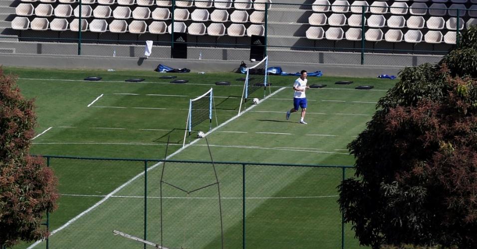 11.jul.2014 - Messi participa de atividade na Cidade do Galo. A equipe continua se preparando para a final da Copa, contra a Alemanha