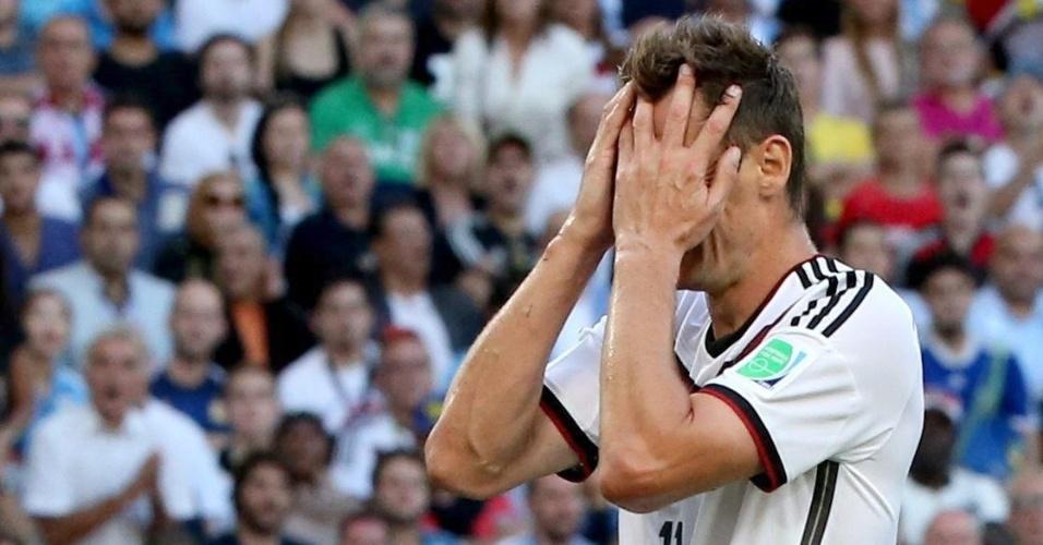 Klose lamenta chance perdida na final da Copa contra a Alemanha
