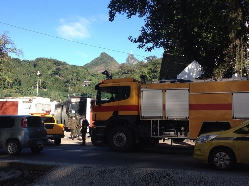 Policiamento é muito forte no entorno do Maracanã antes da final da Copa do Mundo